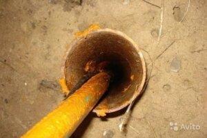 провис кабель в скважине